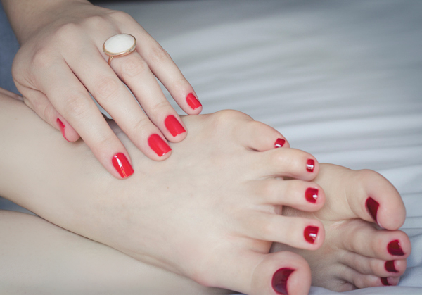 hands-and-feet-esmalte-vefic-v132-nars-red-3