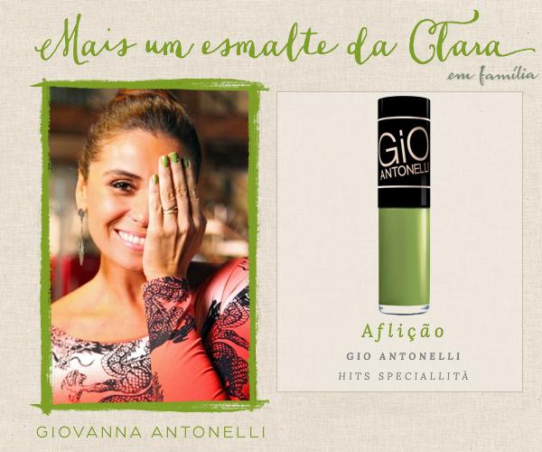 267b92037 O novo esmalte verde de Clara na novela Em Família