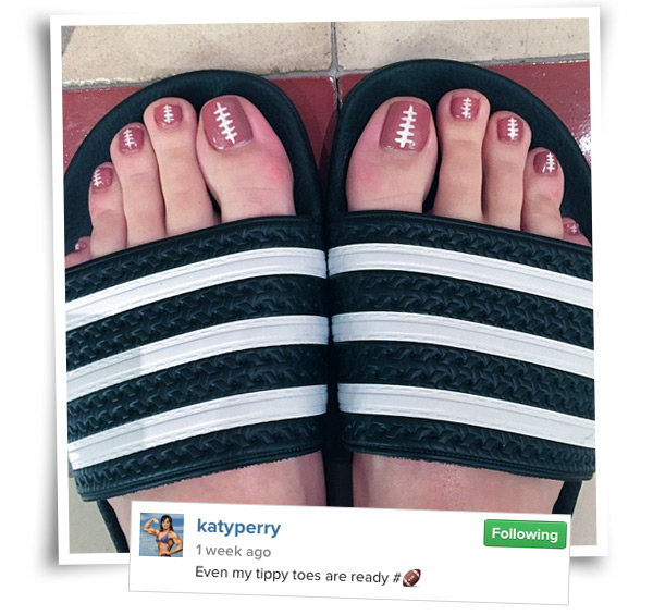 katy-perry-pedicure-super-bowl