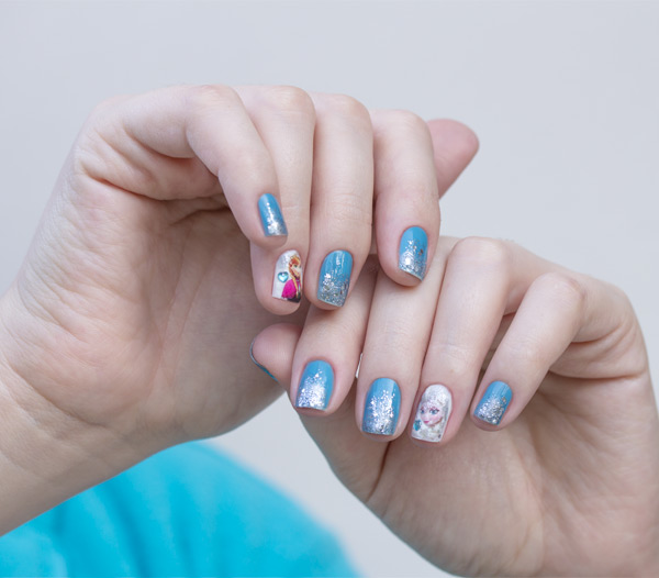 1-nail-art-frozen