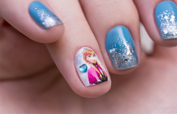 anna-nail-art-frozen