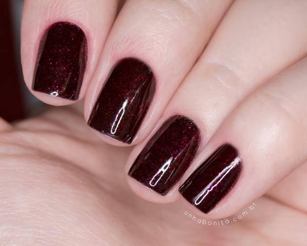 5-combinando-esmaltes---preto-glitter-vermelho